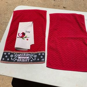 Other - 3 Christmas towels